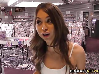 Raven riley ass hole - Riley reid interracial gloryhole