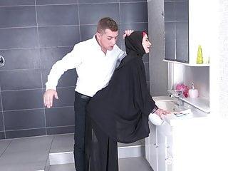 Big gay muslim cock - Tail in the bathroom muslim wife