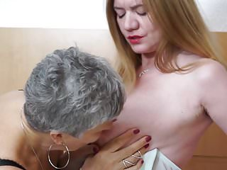 Lesbian lily munster British granny savana fucks mature mom lily