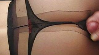 cum on nylon tights pantyhose