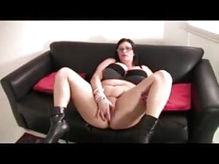 Boot jante sex Bbw with big boobs black boots masturbates