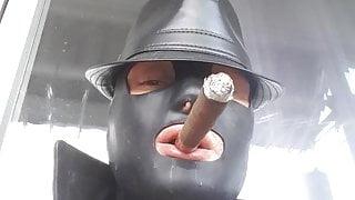 My first cigar jerk (Sub view)
