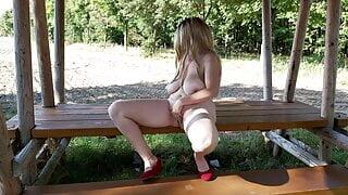 Exhibitionist Nude Girl in Homemade Outdoor Video! Zuchtstute Mandy