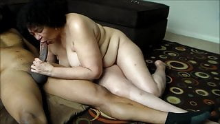 Hot Sexy Juicy Mature Momma 1