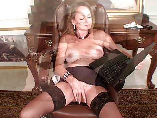No pop porn ups wet - Porn makes this mom wet