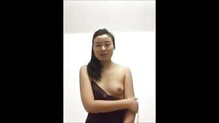 Chinese girl vegetable fun.mp4