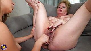 Gymnast daughter fucks big hairy step mom