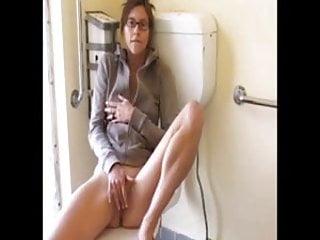 Masturbates to orgasm - Teen with glasses masturbates to orgasm