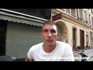 Fuck vide - Salope vide couilles dans un gang bang a la chaine