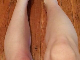 Smooth mature pussy Crossdresser smooth legs painted toes