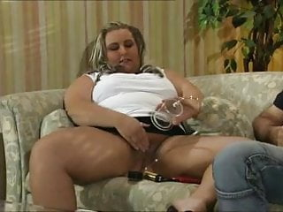 Hardcore pussy pumping Pussy labia pumping