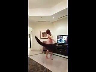 Dance upskirt - Arab teens dance