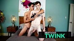 NextDoorTwink - Twink Hayden Brier Gives His Friend A Hand