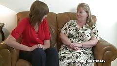 Redstripe: I'm a housewife, spank me