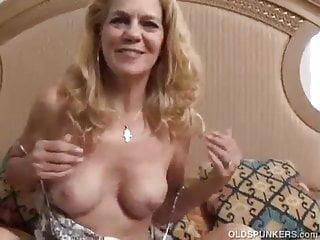 German mature solo orgasm - Mature solo masturbation