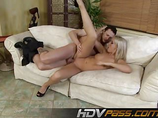 Sexy kitty-n Sexi blonde kitty babe threesome fuck