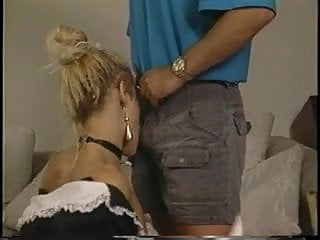 Debbies sex toy - Two dudes fuck and facialize sexy debbie diamond on couch