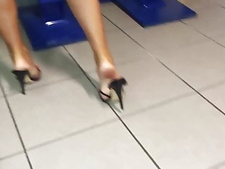 Bbw mules - Lady in high heel mules
