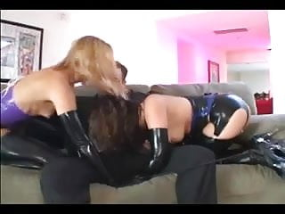 Level measurement in latex - Two girls in latex lingerie and gloves fucking