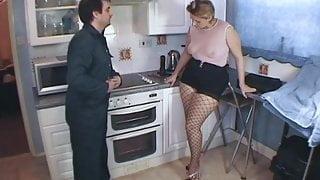 Daniella, English Milf - Repairman