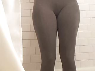 Teen peeing pants clips Peeing in my tight black pants 4