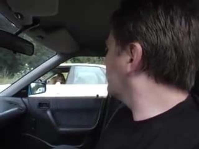 Ehefrau Blowjob Auto Amateur Ehefrau devot