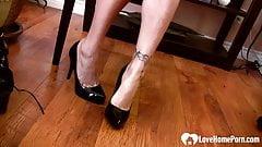 Stepsister in high heels loves to do tease