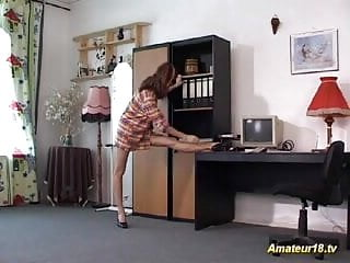 Flexible fuck missionary clip - Flexible beauty gets pounded raw in odd positions fuck