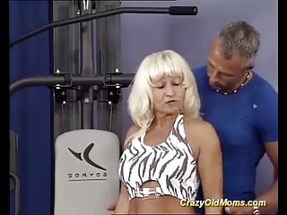 Sexy muscle mom German pierced muscle mom roug gym banged