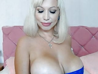Free pornstar gina lynn videos - Gifted chick with a very huge tits