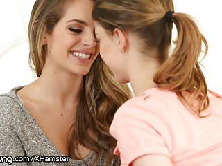 Amateurs women scissoring Webyoung horny teen lesbians scissoring