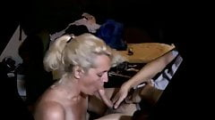 Reife Blondine von Craigslist (Blowjob) (versteckte Kamera)