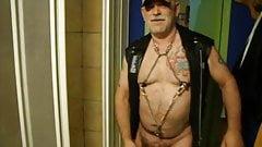Super hot leather daddy cumming