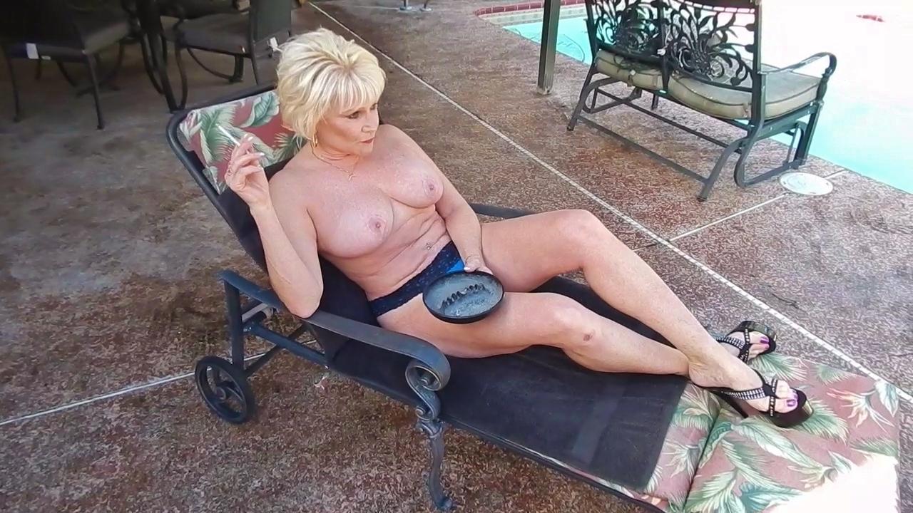 joii Lexi erotic neighbor