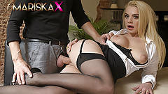 MARISKAX Elizabeth is ready for her sexual therapy