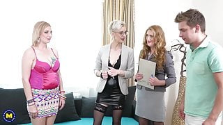 Sex party with 3 mature cougars