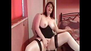 Check My MILF busty mature mom showing her hot boddy
