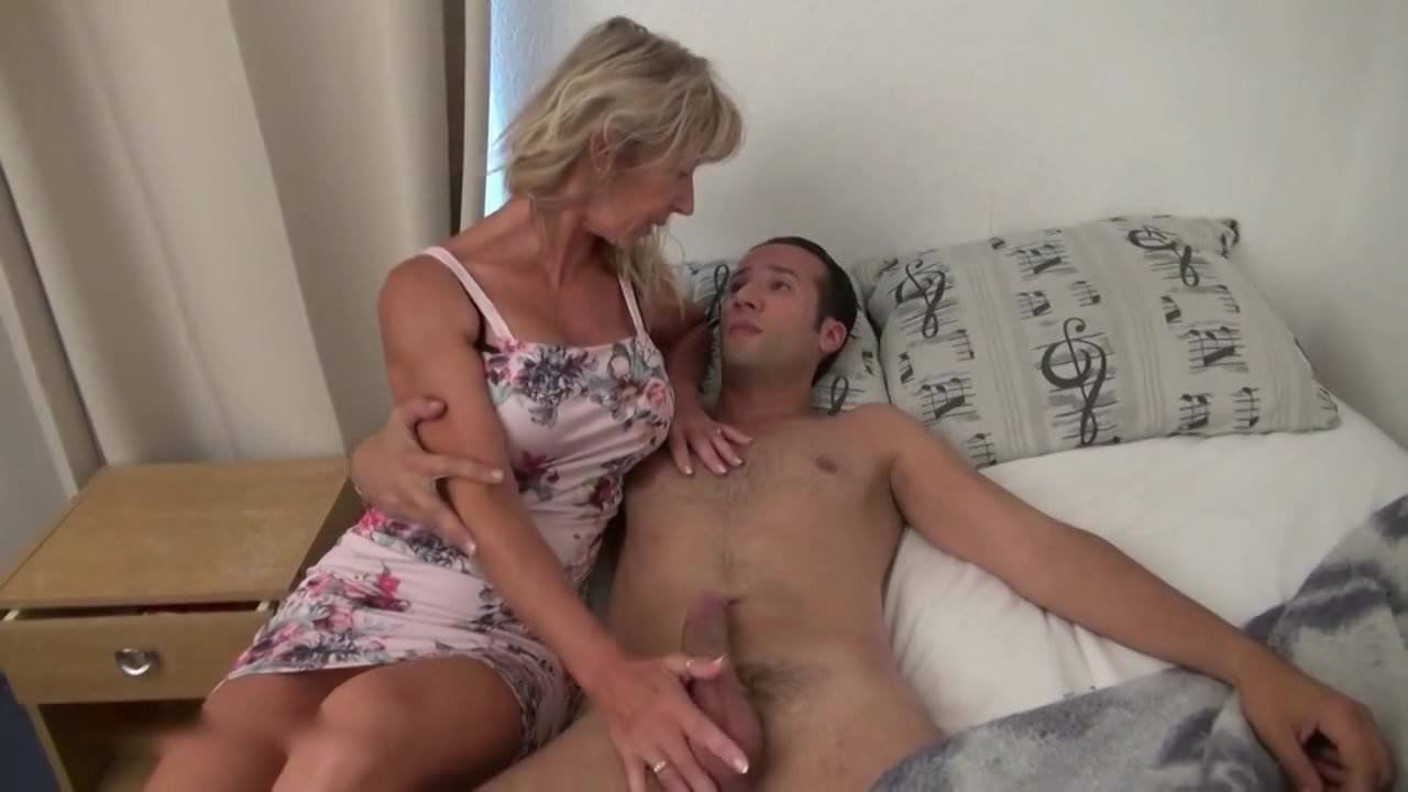 Aloha Porn Tube French sexy french milf ass fucked