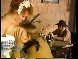 Vintage mom porn tubes - Porn bee sting in a love nest video