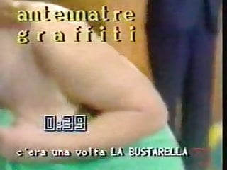 Japanese game show strip - Tv game show: la bustarella