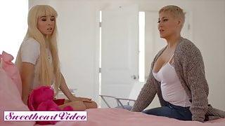 Petite Blonde Kenzie Reeves Teaches Her Stepmom Ryan Kelly