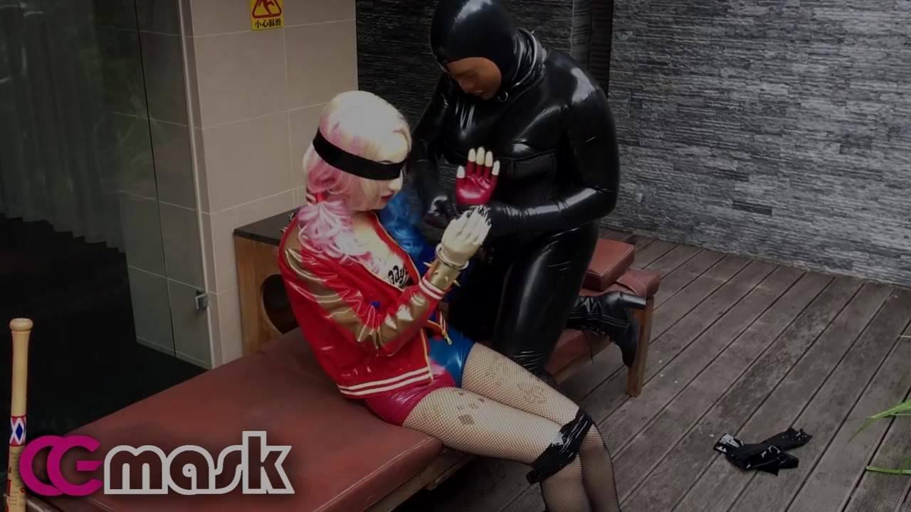 Blonde Latex Slut Gangbang
