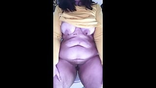 Fucking myself in the bathroom - susers2