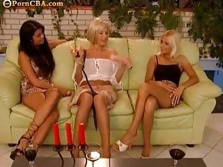 Blonde lesbian trio Lesbians trio