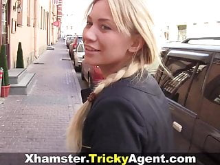 Women who are starving for sex - Tricky agent - blondy turns to be really starving for sex