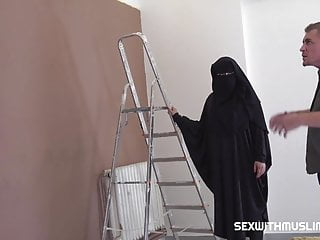 Muslim girl lingerie Muslim girl shags with lazy painter