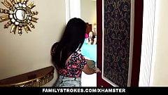 FamilyStrokes - сводные сестры соблазняют и трахают сводного брата