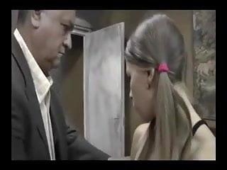 Jovencitas xxx trailer - Perra jovencita goloza, muy calienturienta y puta