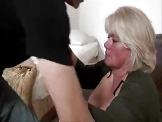 Ladies with big pussy - Big pussy mature lady