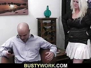 He licks her cunt - He licks her fat pussy before sex
